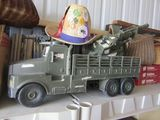Military Collectibles/Antiques/Coins/Stamps