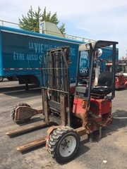 Internet Bidding Only Auction- Diesel Moffett Forklifts, Low Hours in Montreal Canada Surplus from A Major Beverage Company