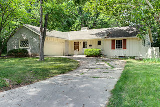 GONE! Fixer Upper Ranchview 3 Bedroom True Ranch, Overland Park, KS