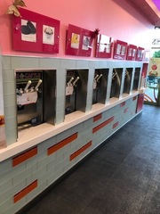 MD 6 YRS OLD FROZEN YOGURT EQUIPMENT AUCTION LOCAL PICKUP ONLY