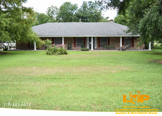 Home For Sale at Auction in Hessmer, LA