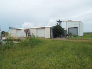 10/22 COMMERCIAL BUILDING • LOCATED ON 3.4 ACRES