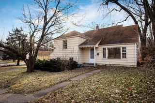 GONE! No Reserve Auction: 3 Bedroom Roeland Park Fixer Upper | Johnson County, KS