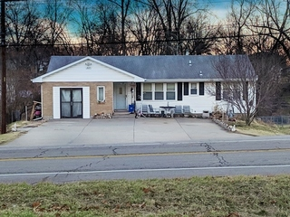 No-Reserve Real Estate Auction: 3 Bedroom, 1.5 Bath Ranch | Kansas City North