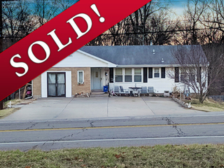 SOLD! No-Reserve Real Estate Auction: 3 Bedroom, 1.5 Bath Ranch | Kansas City North