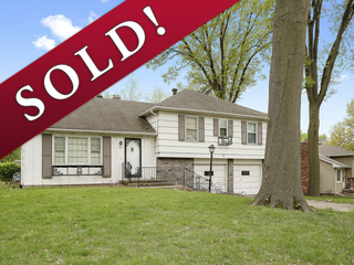 SOLD! No Reserve Auction | Fixer Upper 4 Bedroom Home on Quiet Cul-de-Sac | Gladstone, MO | Sells Regardless of Price!