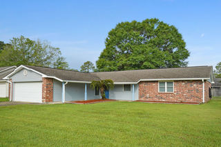 HOME FOR SALE AT AUCTION IN SLIDELL, LA
