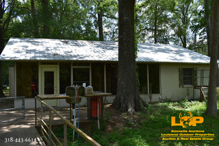 ONLINE ONLY WATERFRONT CAMP AUCTION ON BOGGY BAYOU NEAR SPRING BAYOU IN MARKSVILLE, LA