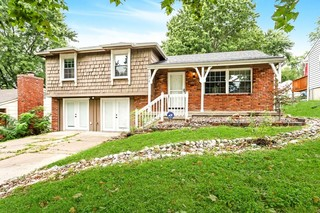 Updated & Move-In Ready 3 Bedroom Home | Kansas City, Missouri 64118