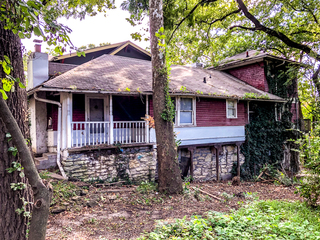 Bring Back This 4 Bed 2 Bath Historic Hyde Park Home!