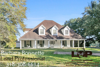 22 Acres and Home For Sale in Glenmora, LA