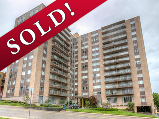 SOLD! No Reserve Auction | Country Club Plaza Condominium | Parkway Towers | Kansas City, Missouri