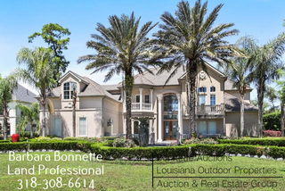 Large Beautiful Home in Gated Golf Course Community For Sale in New Orleans, LA