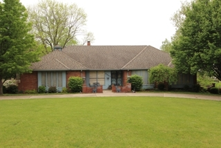 GONE! Absolute Real Estate Auction - Linda Mundy, Platte Woods, MO (1 of 2)