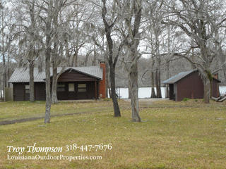 2 BED 1 BTH CABIN FOR SALE IN MARKSVILLE, LA