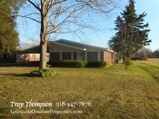 3 bed 1.5 brick home for sale in Marksville, LA