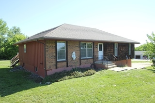 GONE! Public Admin Ordered Online Auction: 3 Bedroom Home on 3 Acres | Liberty, MO