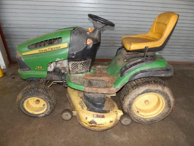 John Deere 145 Automatic Riding Mower Has Damage Does Run Needs Battery And Back Right Tire
