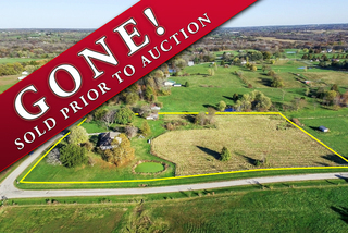 GONE! Absolute Real Estate Auction on Small Acreage: 5 Bedroom, 3.5 Bathroom 1.5 Story Home   Kearney, MO