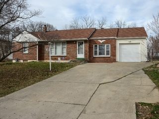GONE! Maxwell Real Estate Auction 1 of 2: Two Bedroom Home + Additional .5 Acre Lot   Kansas City North