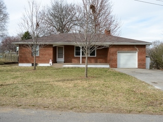 GONE! Maxwell Real Estate Auction 2 of 2: Three Bedroom Brick Home   Kansas City North