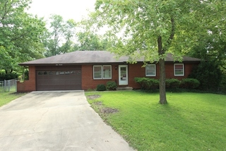 GONE!Published Reserve Online Auction: 3 Bedroom True Ranch | Independence, MO