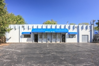 GONE! No Reserve Commercial Auction: Centrally Located Office Space | Kansas City, MO