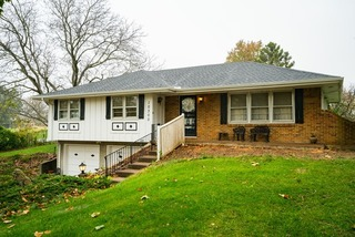 GONE! Real Estate Auction: 3 Bedroom Raised Ranch on Corner Lot| Kansas City, MO